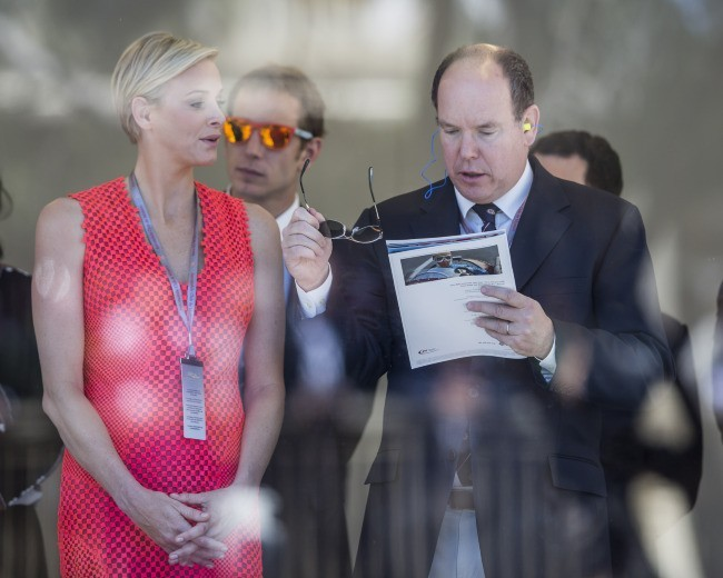 Charlène Wittstock et Albert de Monaco lors du Grand Prix de Monaco, le 26 mai 2013.