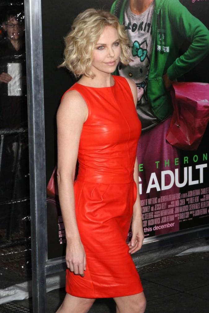 Charlize Theron lors de la première du film Young Adult à New York, le 8 décembre 2011.
