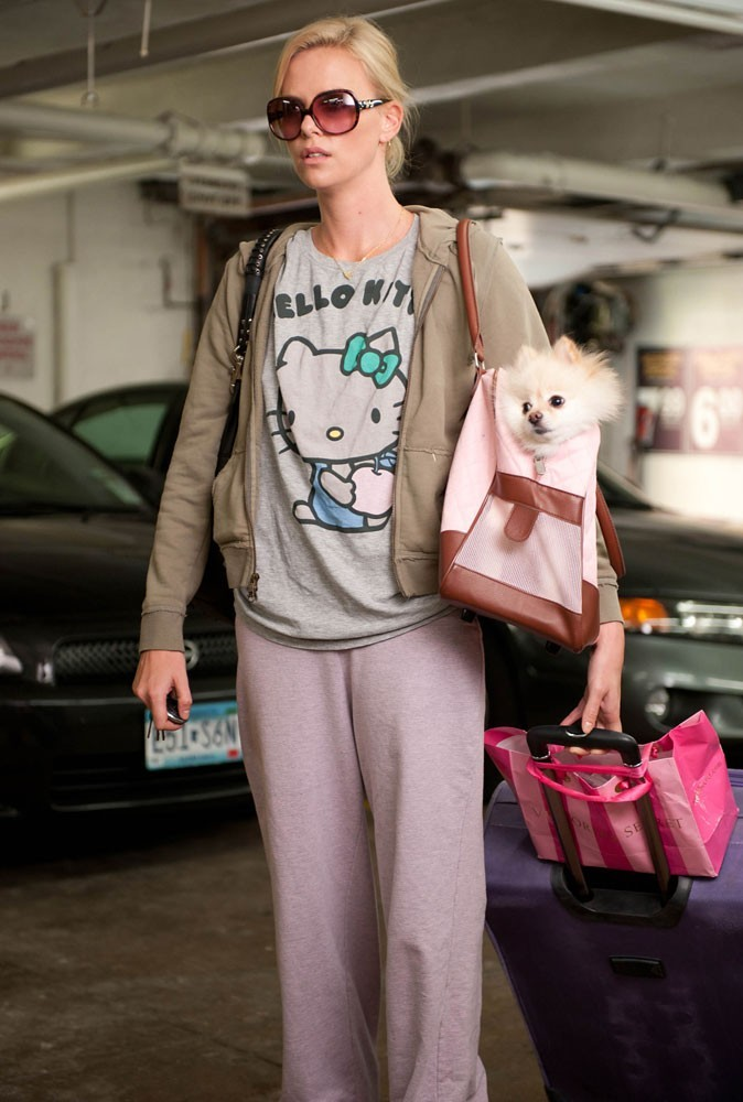 Photos : Charlize Theron dans Young Adult