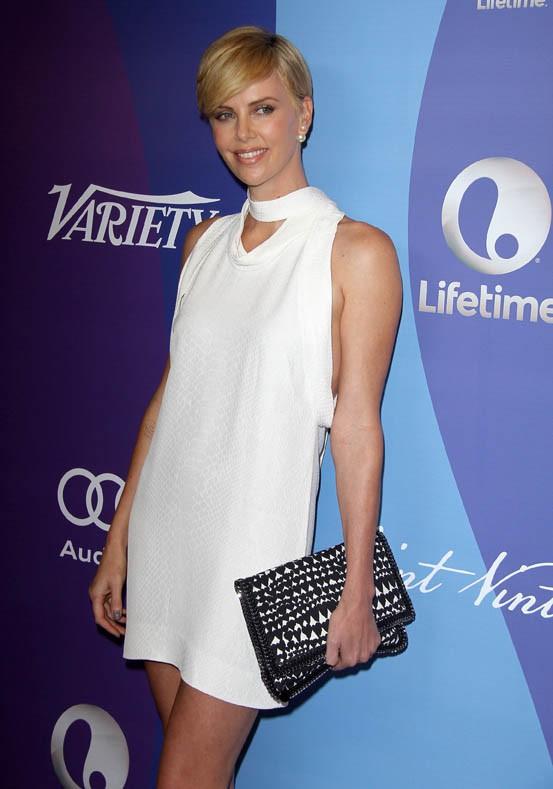 Charlize Theron à la soirée des Variety Power of Women organisée à Beverly Hills le 4 octobre 2013