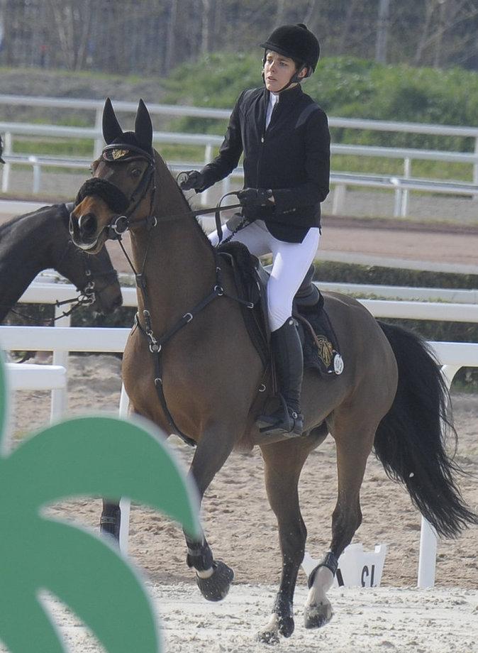 Photos : Charlotte Casiraghi fait le grand saut avec Guillaume Canet !