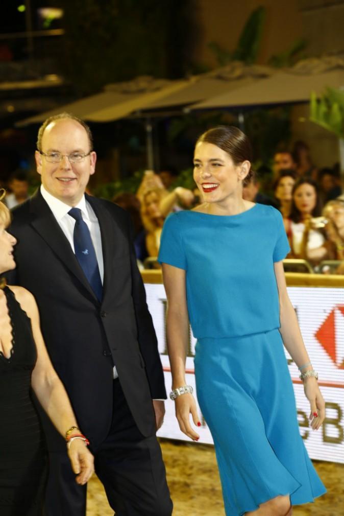 Photos : Charlotte Casiraghi : radieuse pour remettre le Grand Prix du Prince de Monaco en compagnie du prince Albert II !