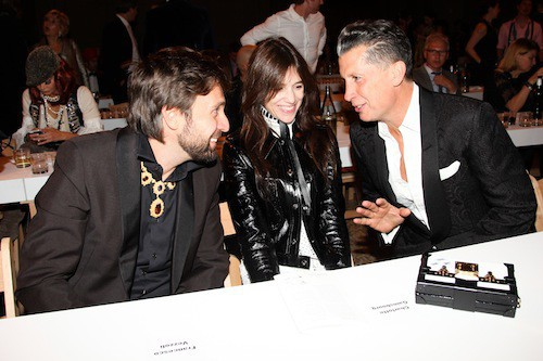 Charlotte Gainsbourg avec Stefano Tonchi, le rédacteur en chef de W Magazine, et l'artiste Francesco Vezzoli à New York, le 3 novembre 2014 !