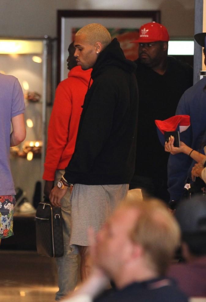 Chris Brown et Karrueche Tran à l'aéroport de Nice, le 22 juillet 2012.