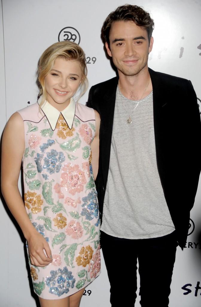 Cholë Moretz et Jamie Blackley à New York le 18 août 2014