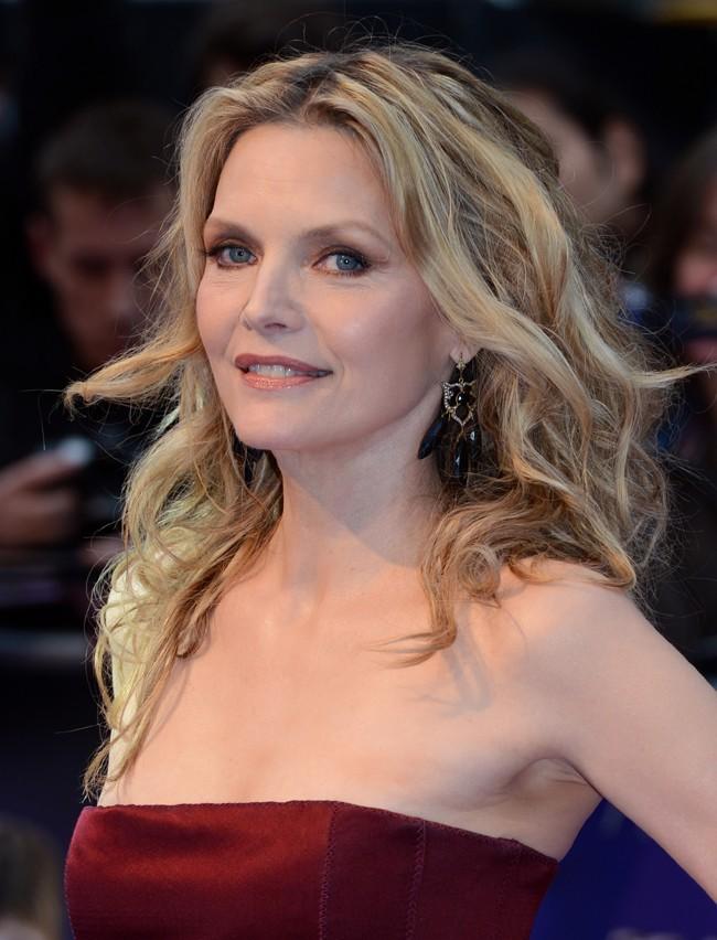 ...tout comme Michelle Pfeiffer à 54 ans !