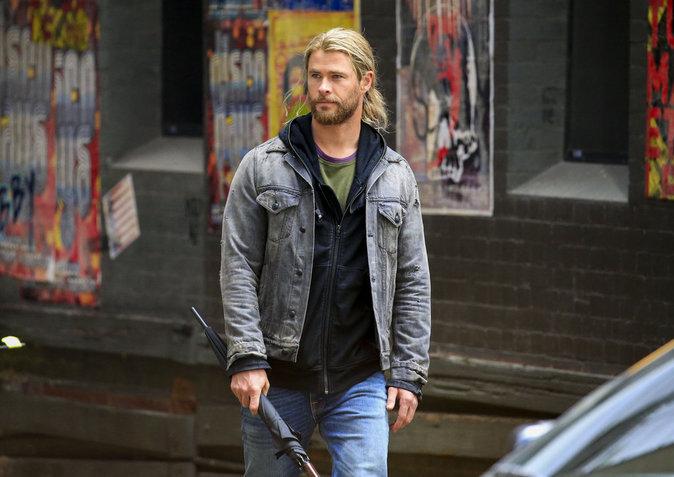 """Chris Hemsworth et Tom Hiddleston sur le tournage de """"Thor"""" en Australie ce dimanche 21 août"""