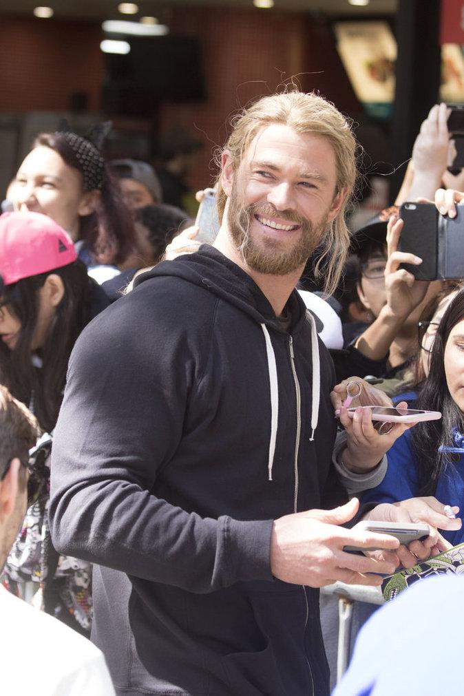 """Chris Hemsworth sur le tournage du film """"Thor"""" en Australie"""