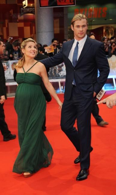 Chris Hemsworth et sa femme Elsa Pataky lors de la première du film The Avengers à Londres, le 19 avril 2012.