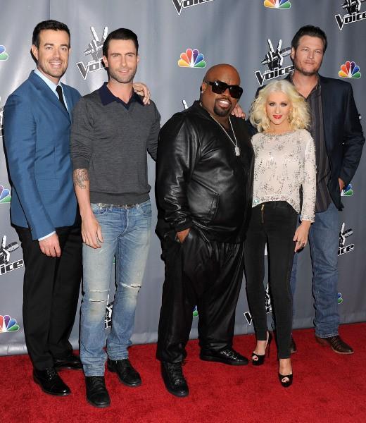 Carson Daly, Adam Levine, Cee Lo Green, Christina Aguilera et Blake Shelton en promo pour The Voice à Universal City, le 7 novembre 2013.
