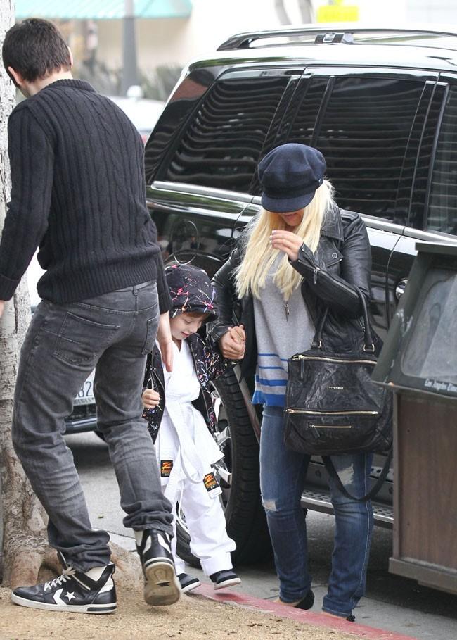 Christina Aguilera en famille à Santa Monica le 8 décembre 2012