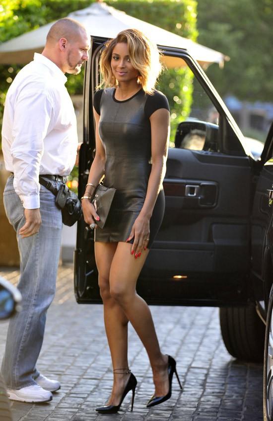 Ciara à son arrivée au restaurant Cecconi de Beverly Hills le 1er août 2013