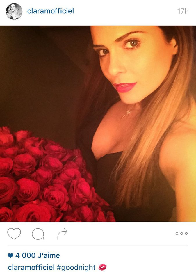 les roses rouges de Clara Morgane