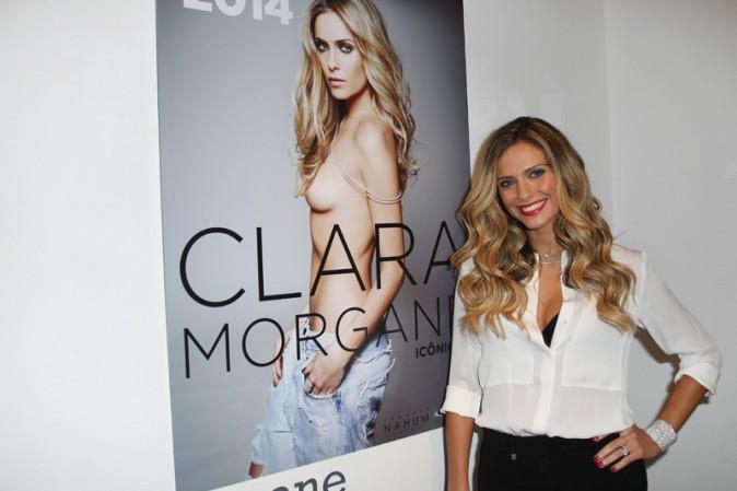 Soirée de lancement du nouveau calendrier de Clara Morgane à Paris le 24 septembre 2013