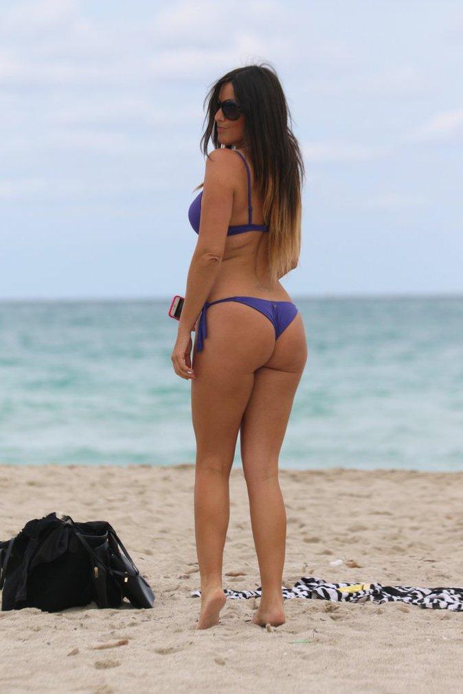 Photos : Claudia SS9 : Chaleur sur les plages de Miami et sur Instagram