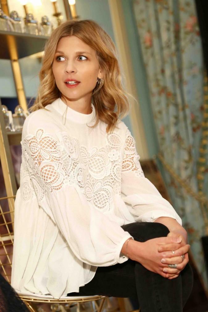 Clémence Poésy : angélique pour présenter le nouveau parfum Chloé !