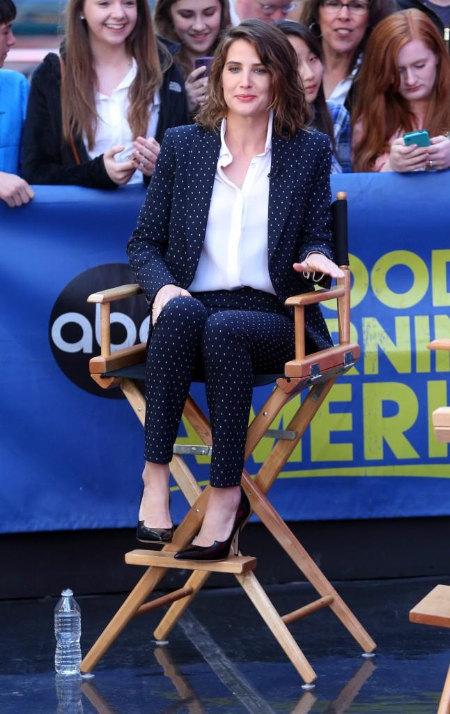 """Photos : Cobie Smulders revient sur son cancer : """"Je m'en suis sortie !"""""""