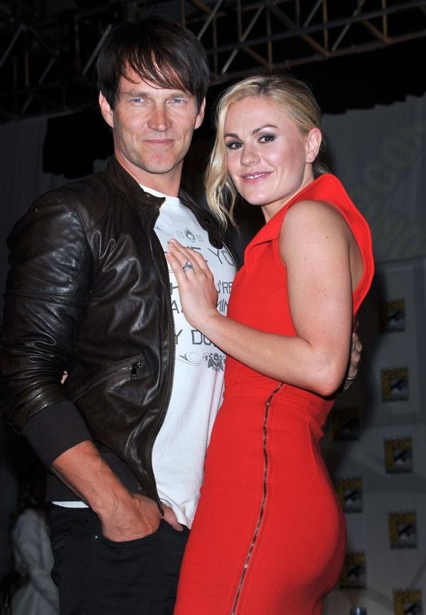 C'est toujours autant l'amour fou entre Anna aquin et Stephen Moyer !