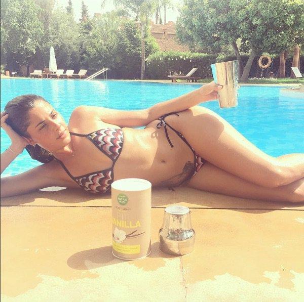 Coralie Porrovecchio se la joue sexy !