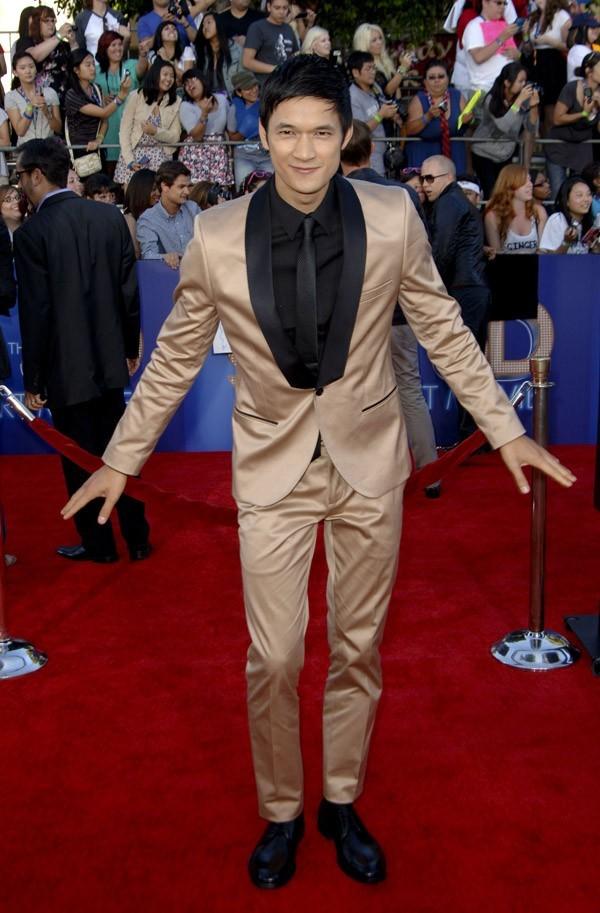 Harry Shum Jr., le danseur surdoué a sorti le costume coloré !