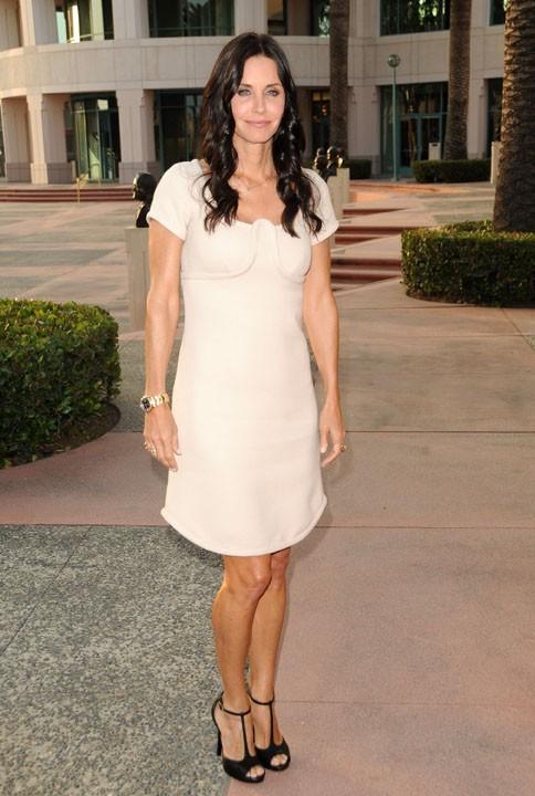 Courteney Cox lors de la soirée The Academy of Television Arts & Sciences à Hollywood, le 20 avril 2011.
