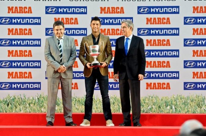 Cristiano Ronaldo lors de la cérémonie des Marca Football Awards à Madrid, le 3 octobre 2011.