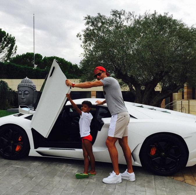 Cristiano et sa Lamborghini