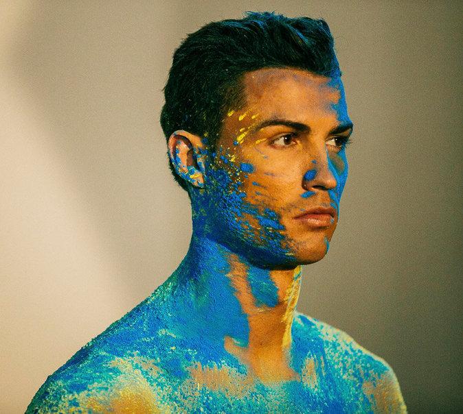 Cristiano Ronaldo dévoile la nouvelle collection de sa marque CR7
