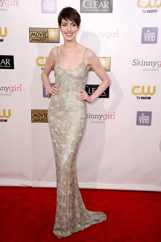 Anne Hathaway lors des Critics' Choice Awards à Santa Monica, le 10 janvier 2013.