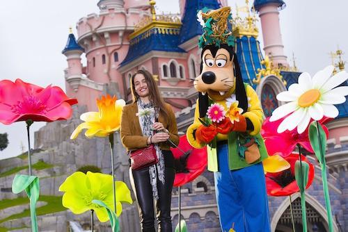 Marie Gillain fête le printemps à Disney