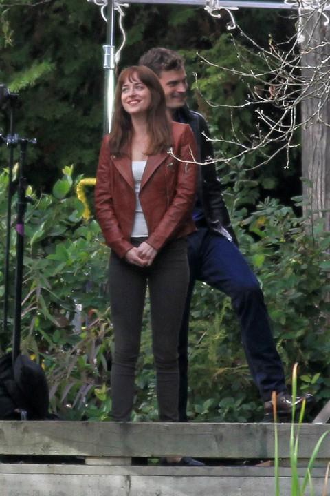 Dakota Johnson et Jamie Dornan à Vancouver le 14 octobre 2014