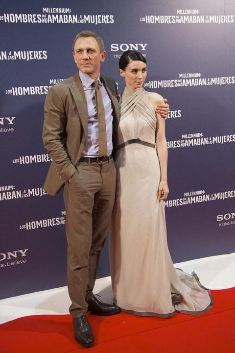 Bien plus affectueux avec Rooney Mara !