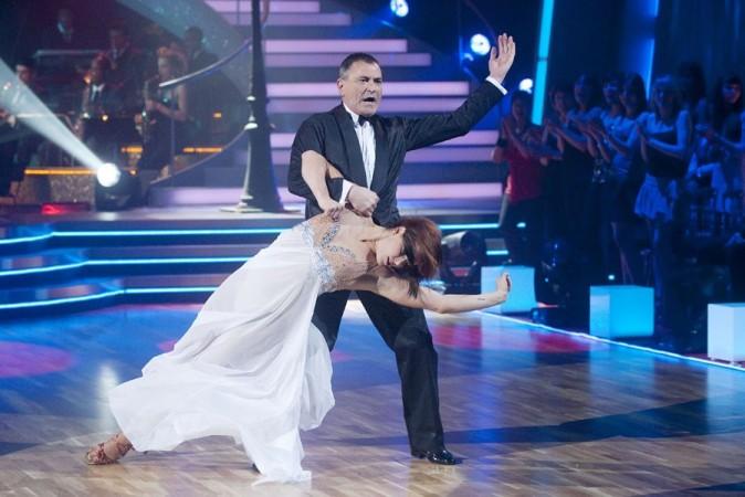 La semaine dernière, Jean-Marie Bigard dansait la valse. Cette semaine, sa rumba était moins convaincante !