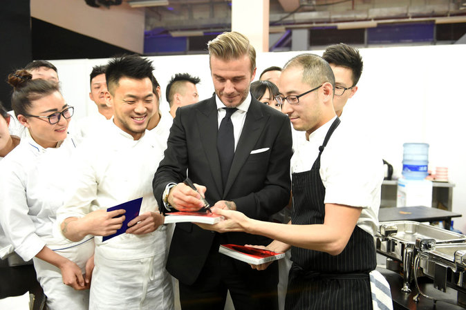 Photos : David Beckham : Un gentleman à Shanghai pour promouvoir son whisky
