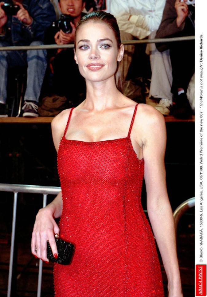 Denise Richards avant sa réduction mammaire !