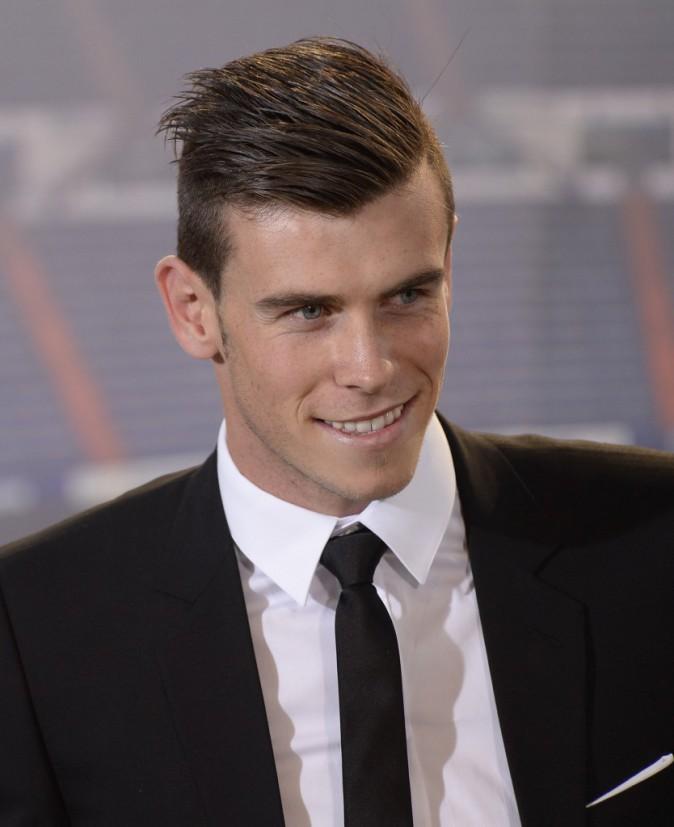 Gareth Bale fou de ses cheveux