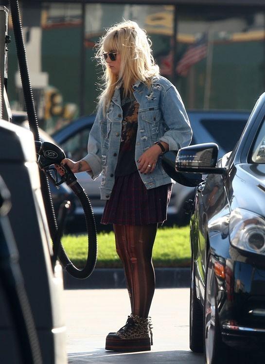 Demi Lovato à Beverly Hills le 7 octobre 2012