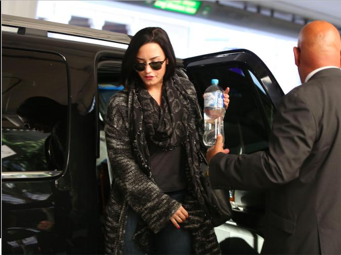Demi Lovato : Fiancée ? Une bague sème le doute !