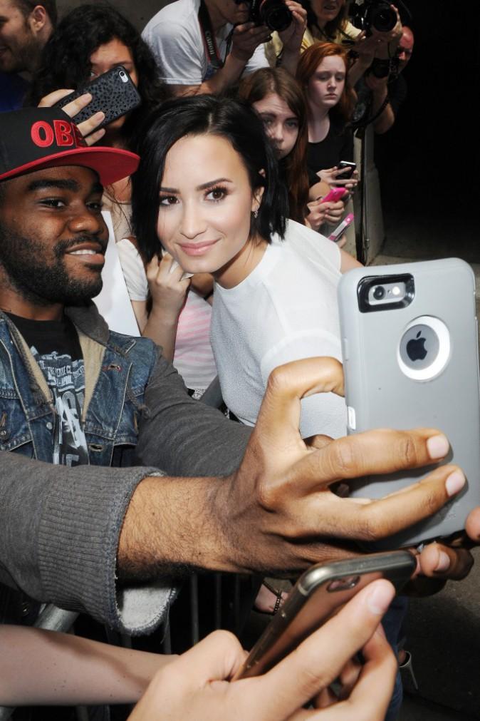 "Photos : Demi Lovato : ""Je vis bien avec ma maladie mentale !"""