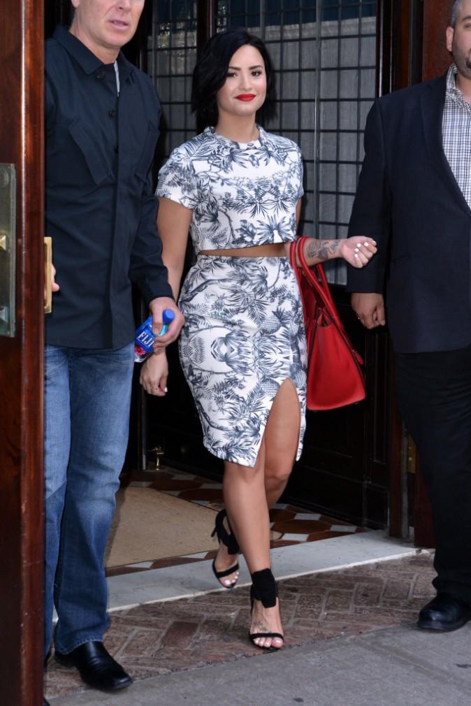 Photos : Demi Lovato : sexy, elle arbore fièrement ses formes !