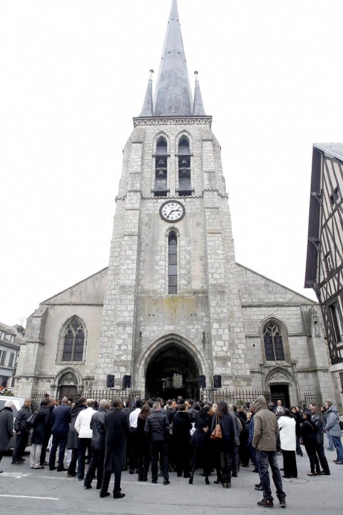 Photos : Denis Brogniart : l'animateur s'est rendu aux obsèques de Gérald Babin