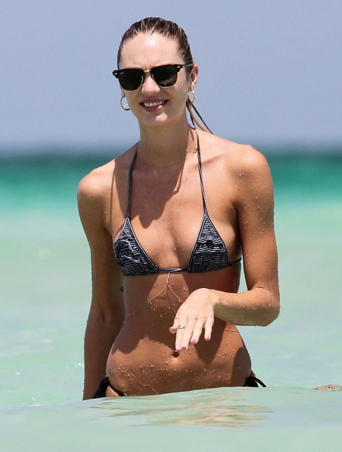 Candice pendant ses vacances à Miami