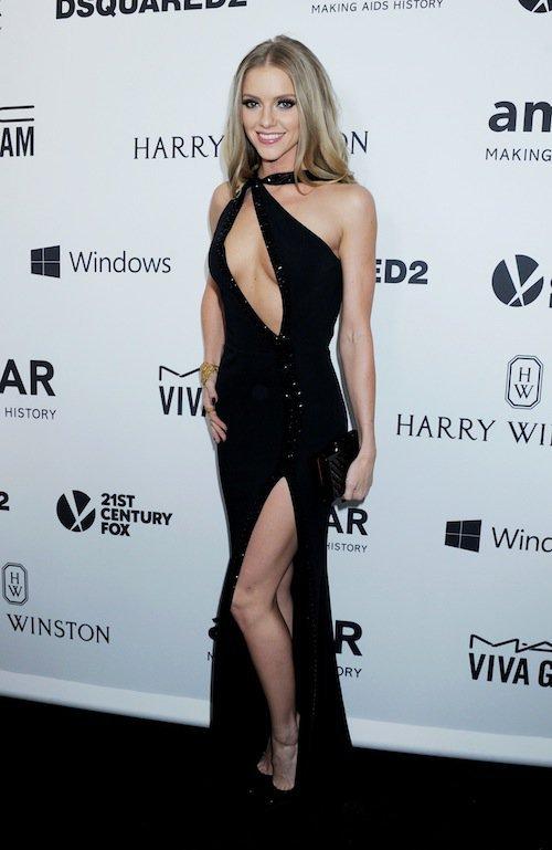 Elle Evans au gala de l'AmfAR à Los Angeles, le 29 octobre 2015