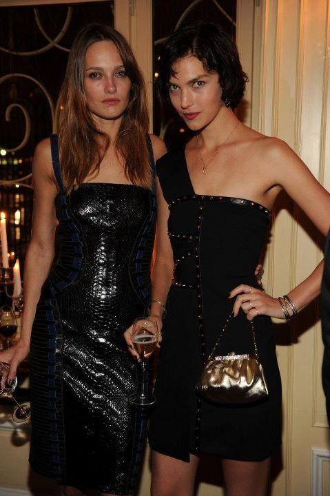 Arizona Muse lors du dîner Versace Eyewear à Paris, le 23 janvier 2012.