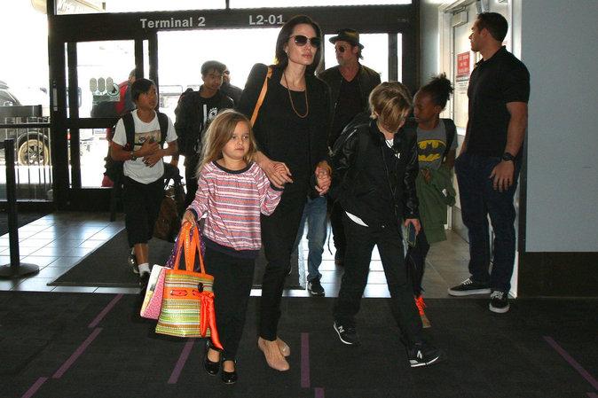 Angelina Jolie et Brad Pitt se disputent la garde de leurs six enfants