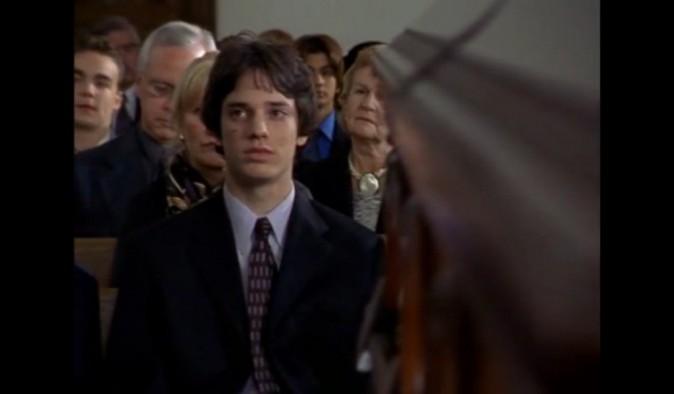 Jake Epstein dans le rôle de Craig Manning
