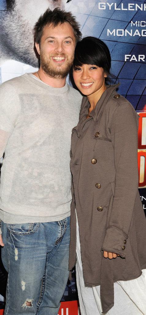 Duncan Jones et sa compagne Rodene Ranquillo en 2011, lors de l'avant-première de Source Code