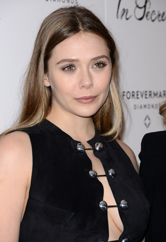Elizabeth Olsen à Los Angeles le 6 février 2014