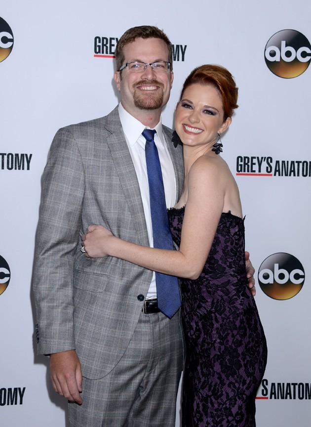 Sarah Drew fêtant le 200ème épisode de Grey's Anatomy à Hollywood le 28 septembre 2013