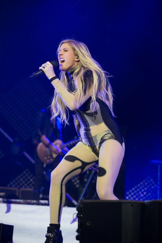 Photos : Ellie Goulding : radieuse sur la scène de l'O2 Arena, elle évoque ses anciens problèmes de drogue et d'alcool…